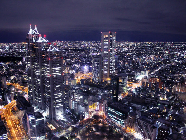Electric city - Tokyo, Japon by sineyes