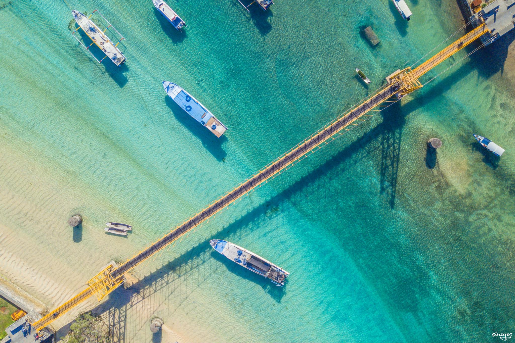 Ceningan bridge by sineyes