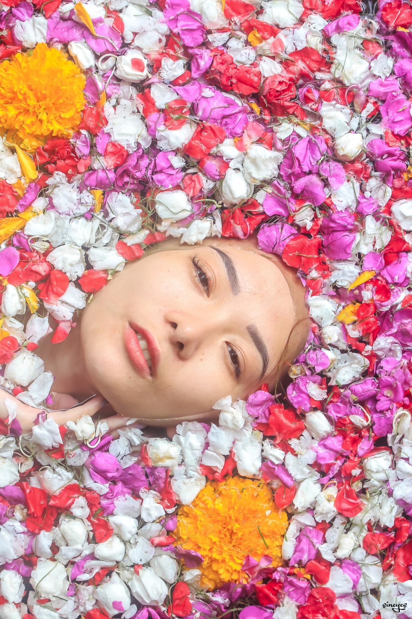 Flowers by sineyes